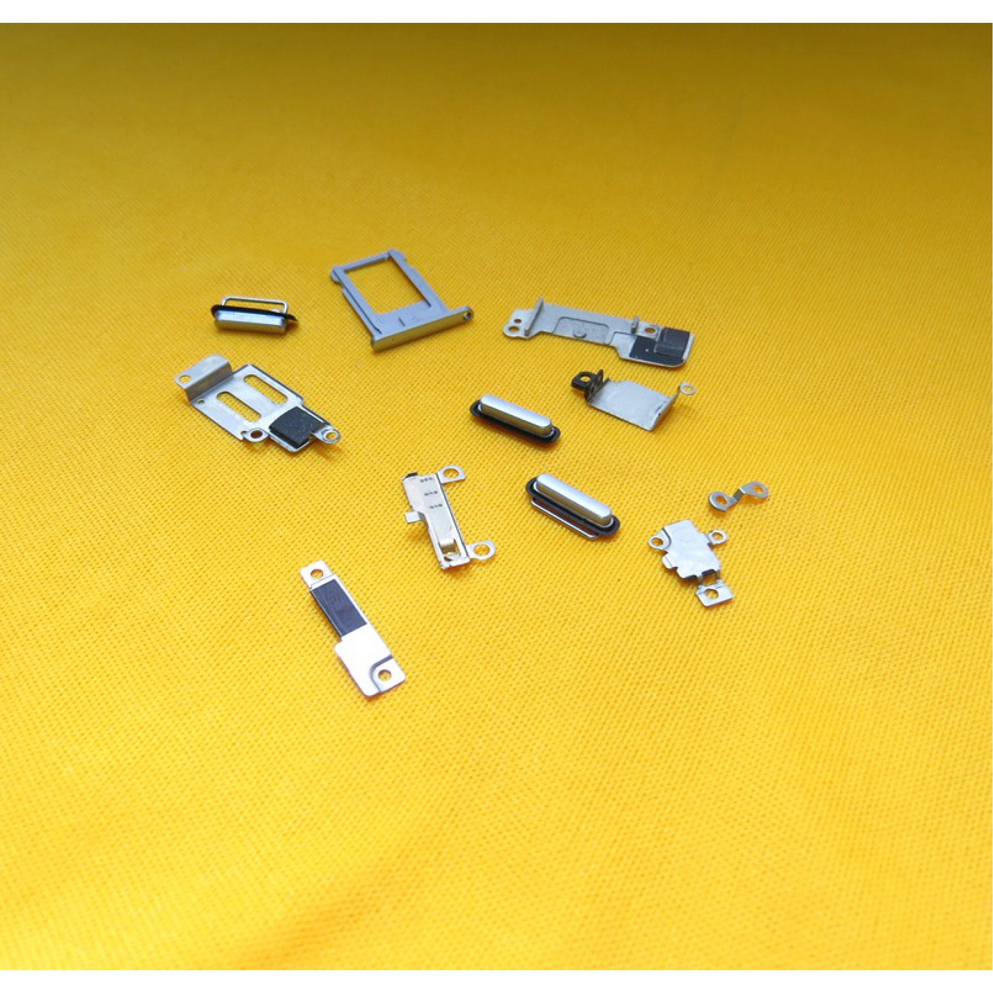 Chasis y  Piezas Varias para Apple iPhone 6 A1549 ipp9